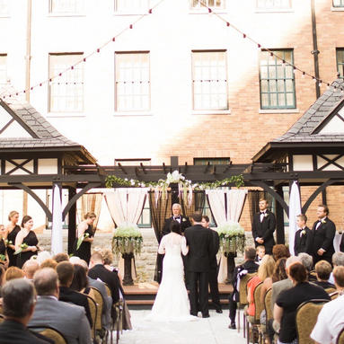 Wedding at Hotel Roanoke in Virginia
